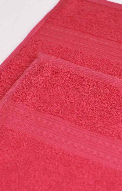 Махровое полотенце цвет Малиновый